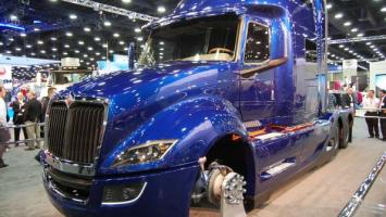 Navistar's 'Project Horizon' truck at the 2013 Mid America Trucking Show