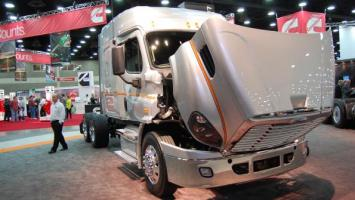 DTNA and Detroit at the 2013 Mid America Trucking Show