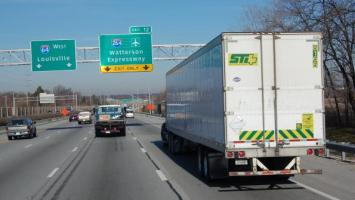 Analysts: Prospects and pitfalls ahead for trucking